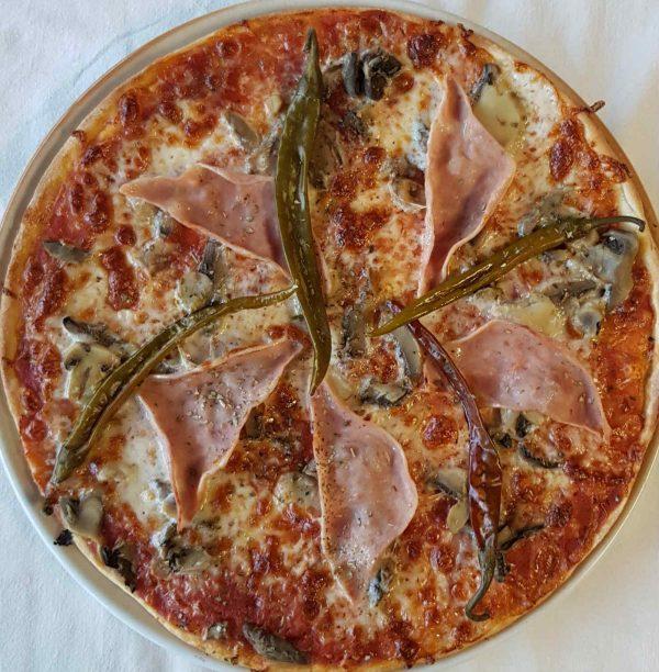 16. pizza