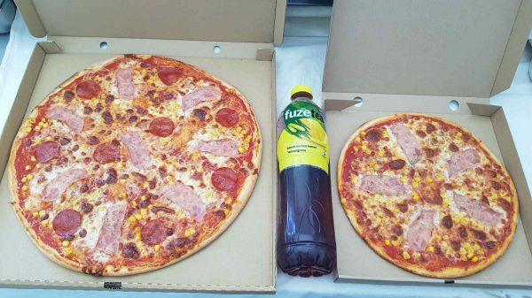 45+32 pizza ajándék üdítő